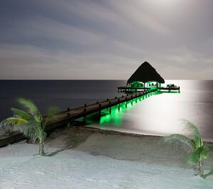 green dock lights