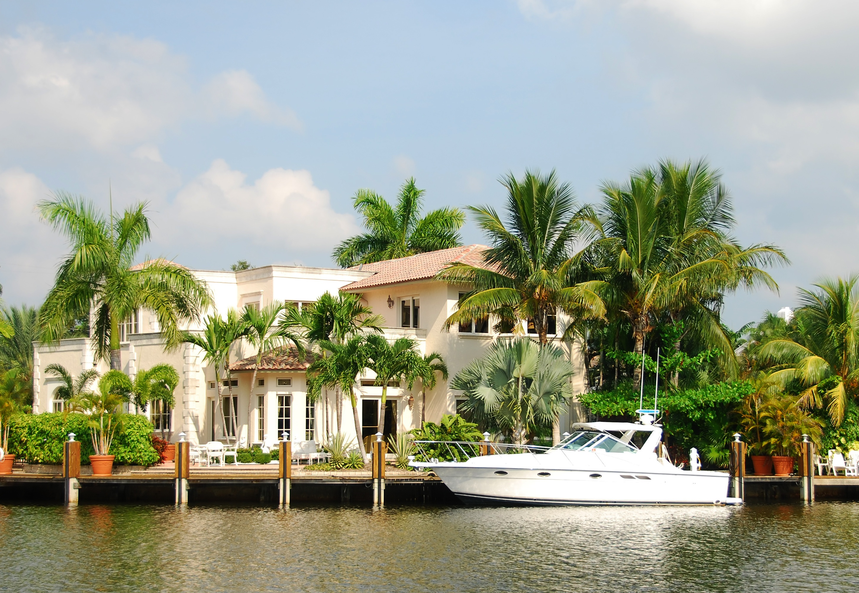 How to Prepare Your Florida Waterfront Home for Hurricanes and Severe Weather