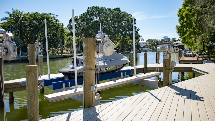 Golden Boat Lifts for All of Your Water Sport Activities: Boats, Jet Skis and Kayaks