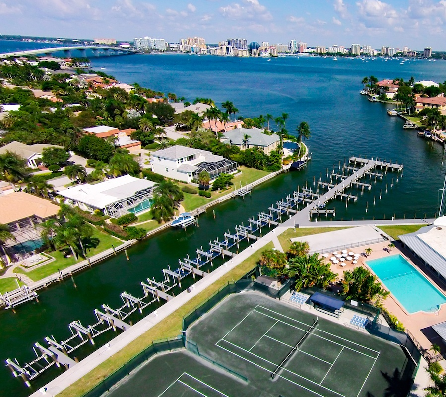 Commercial Marine Construction Options on the Gulf Coast of Florida [VIDEO]