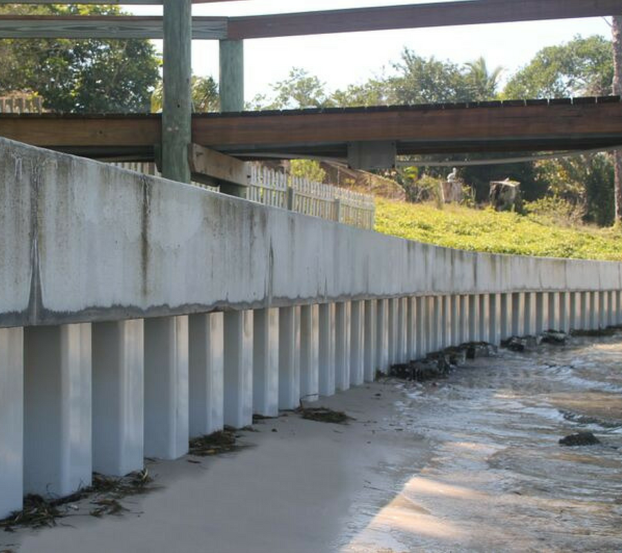 What is the Purpose of a Vinyl Seawall?