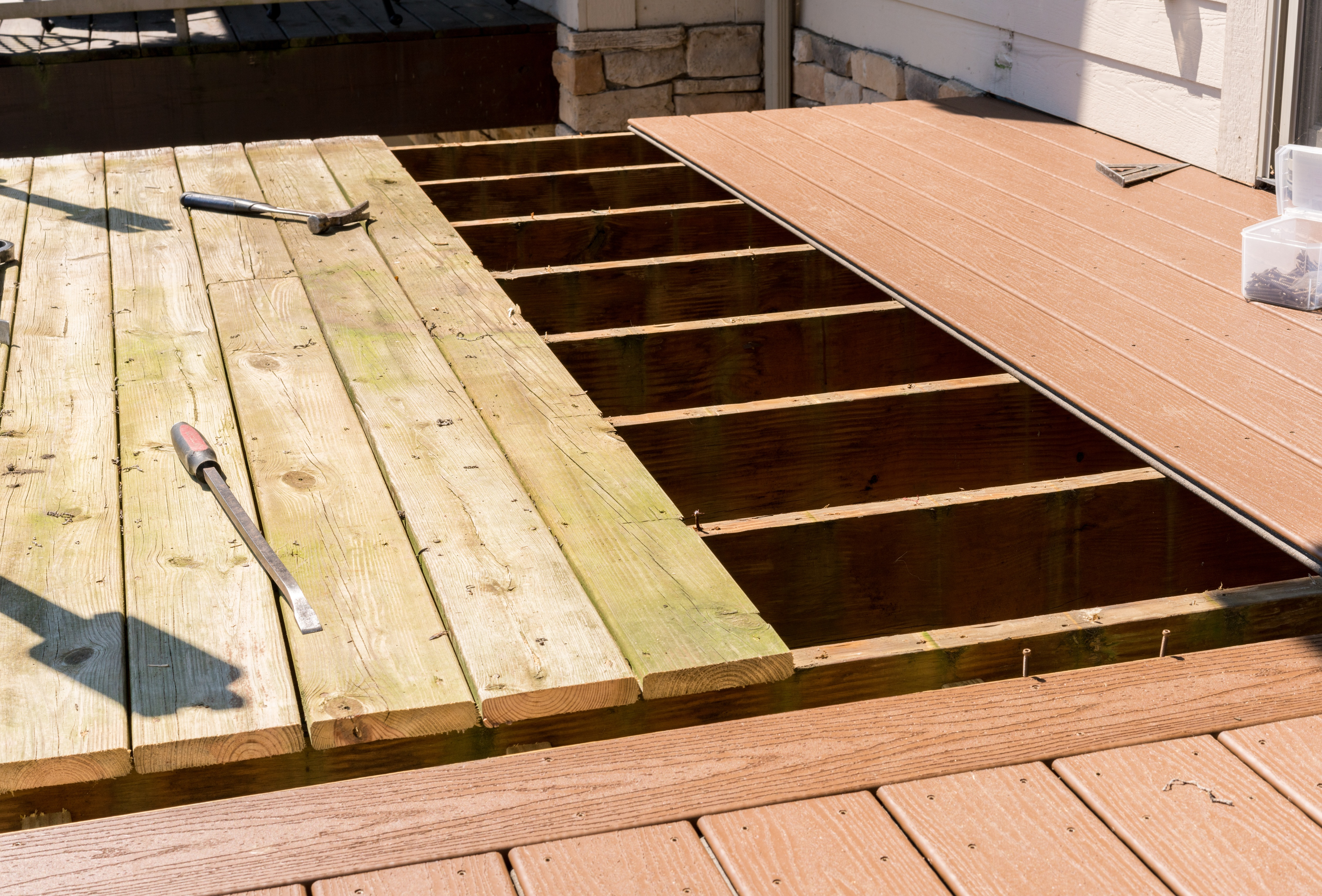 Azek and Trex Composite Decking: Comparing the Two Leading Brands