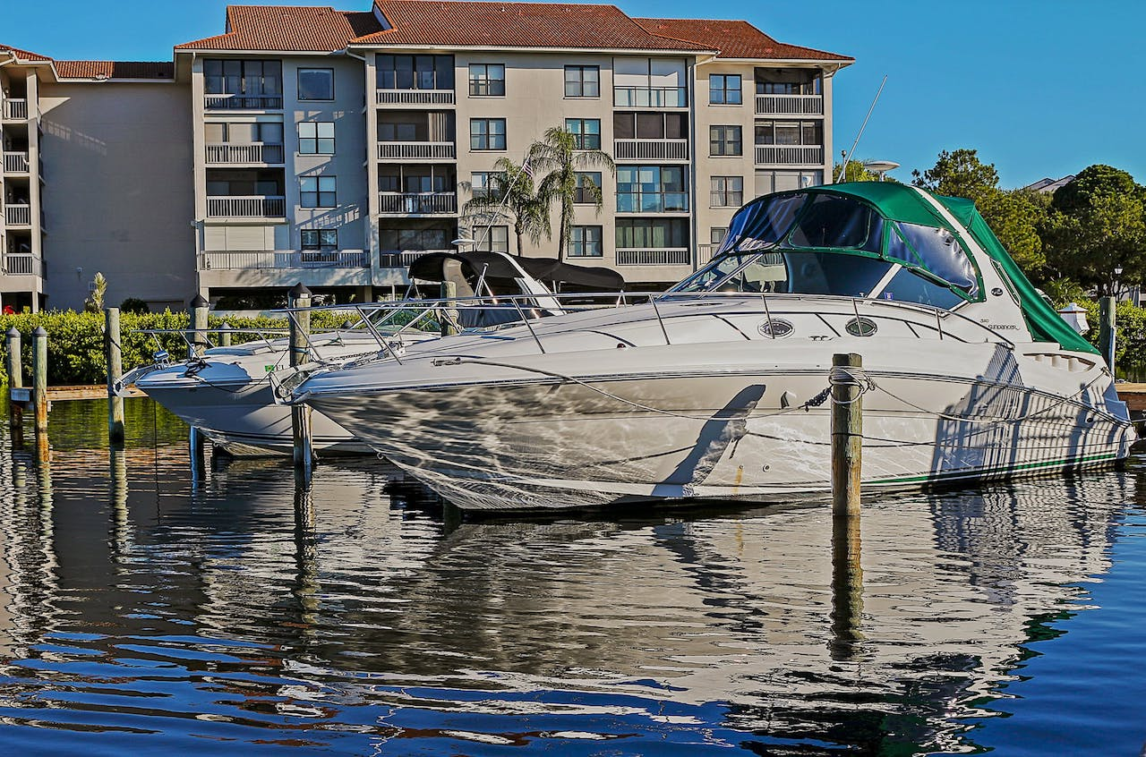 Learn How to Dock With Spring Lines