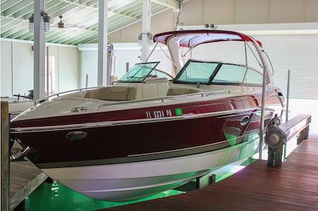 "Golden Boat Lifts: ""Sea-Drive"" vs. Flat Plate Drive"