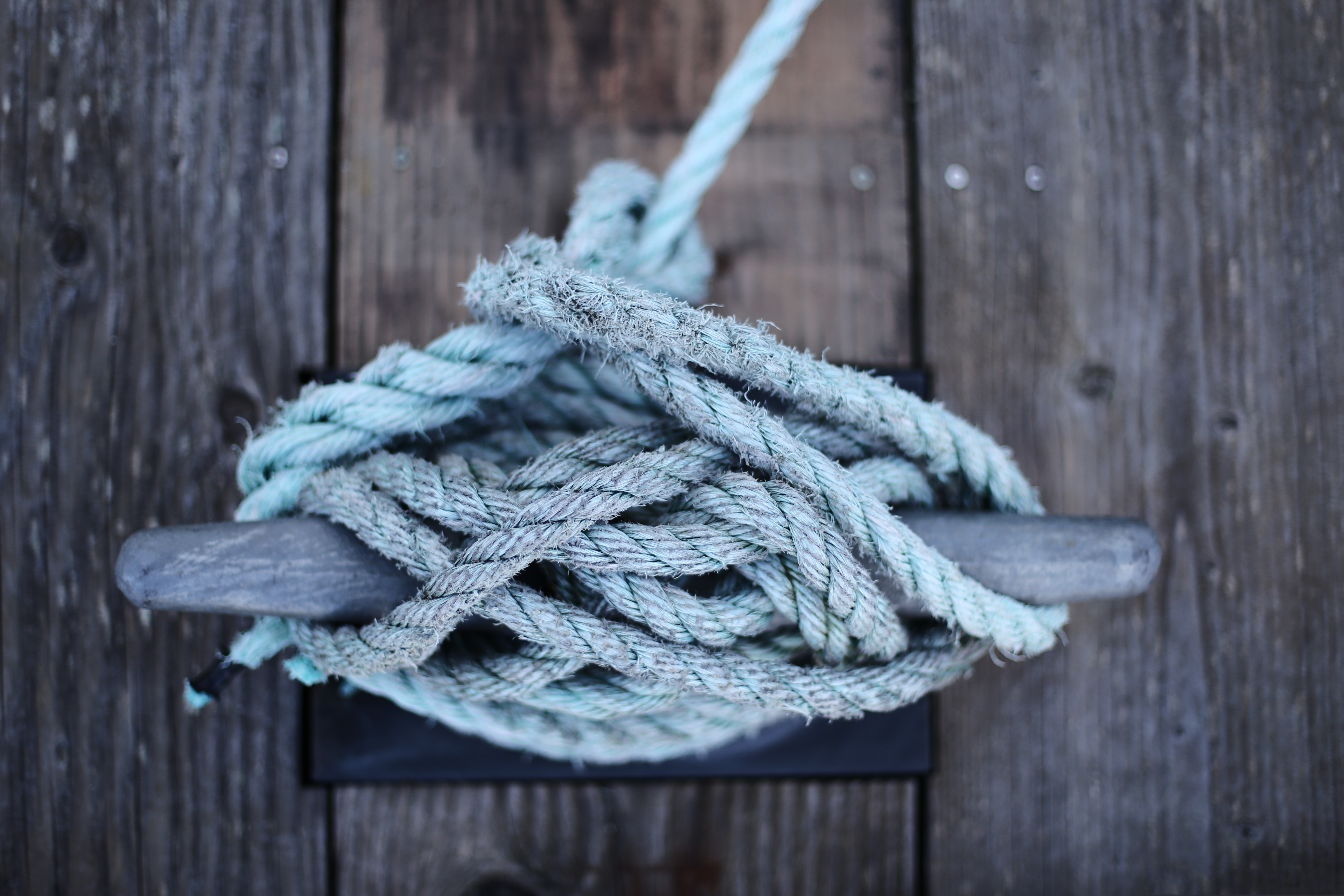 Tips for Tying Your Boat to a Dock