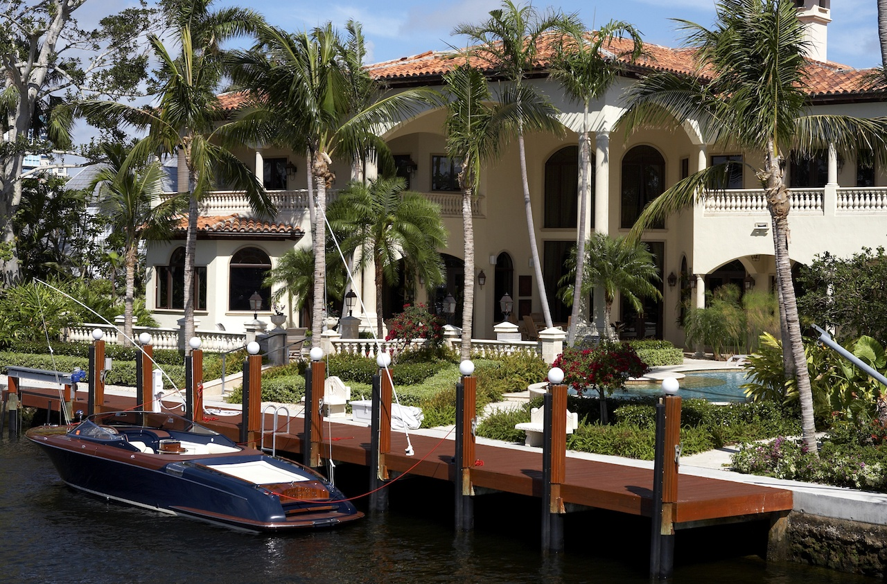 A Guide to Boat Dock Materials